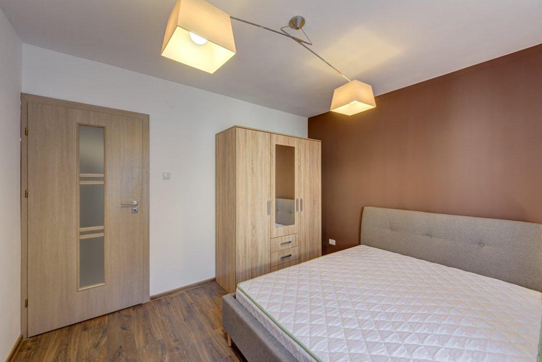 Apartament decomandat de 2 camere, Cotroceni, etajul 1/P+2!