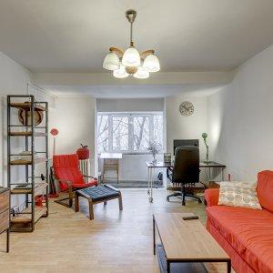 Apartament 2 camere spatios si luminos, la Piata Unirii