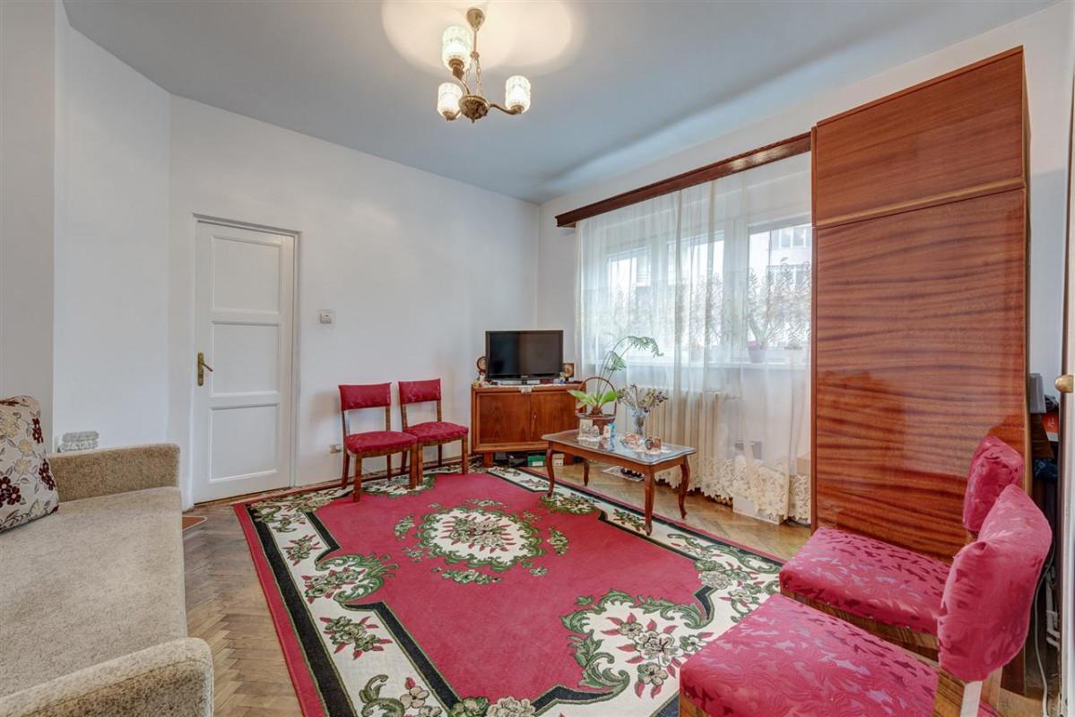 Apartament 4 camere in vila, Bd. Ghe Duca - Bd. A.I. Cuza, comision 0%!