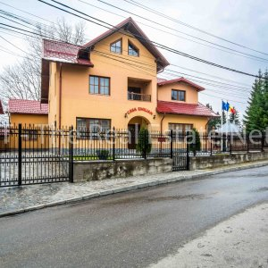 Busteni Valea Prahovei Pensiune superba ideal investitie
