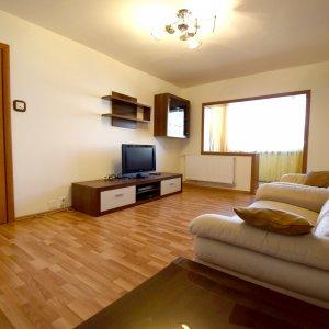 Apartament cu 4 camere  Aviatiei
