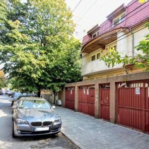 Mosilor-Obor,imobil 3 apartamente,400mp,teren 369mp,ideal locuinta/clinica/birou